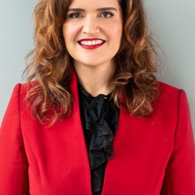 Prof.ª Dra. Andressa Jarletti Gonçalves de Oliveira